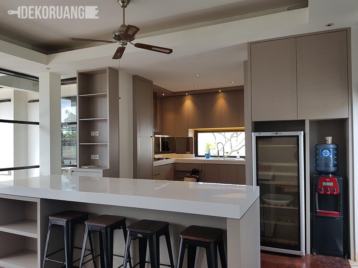 10 Desain Kitchen Set Minimalis Paling Cocok Untuk Rumah