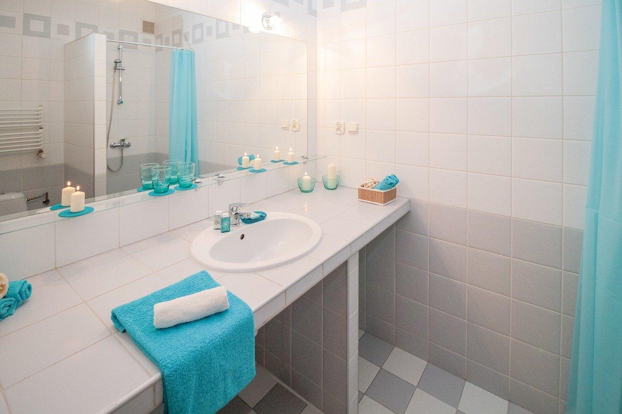 ukuran kermaik kamar mandi
